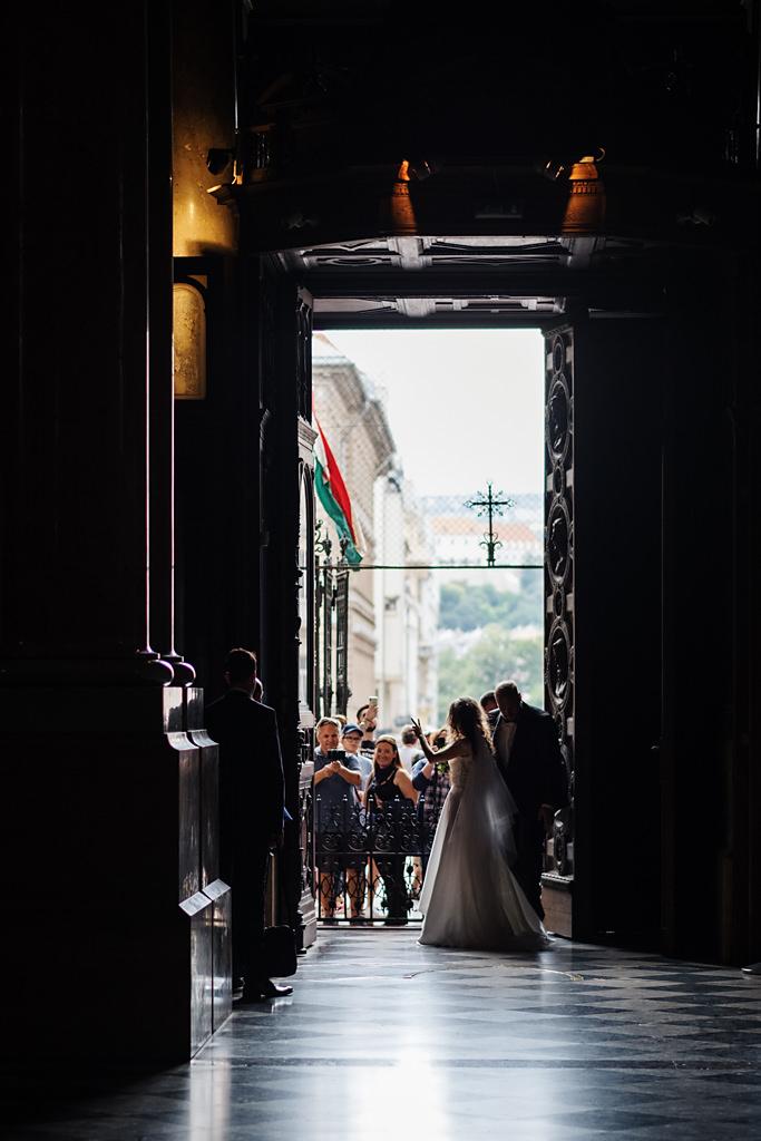 Esküvői fotózás Bazilika Budapest Betti & Dani | Seres Zsolt esküvői fotós 006
