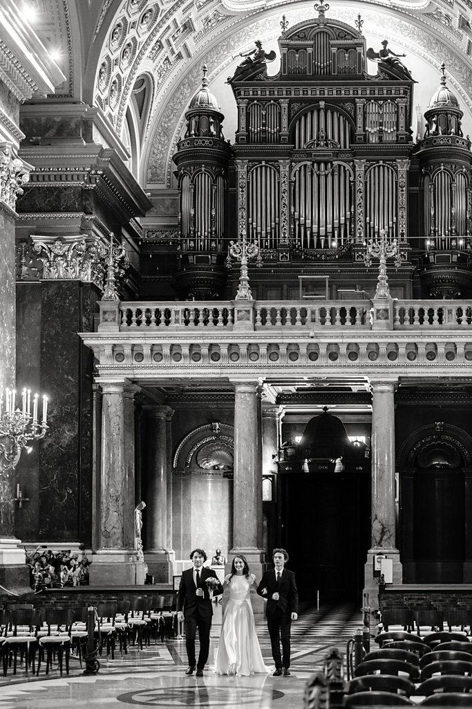 Esküvői fotózás Bazilika Budapest Betti & Dani | Seres Zsolt esküvői fotós 008
