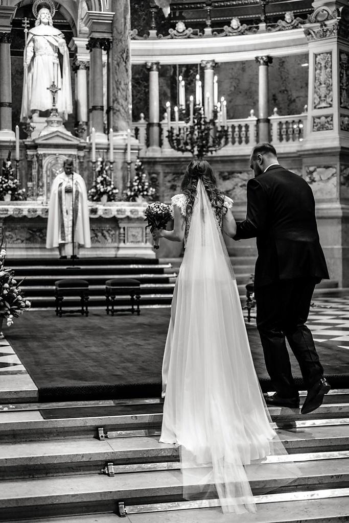 Esküvői fotózás Bazilika Budapest Betti & Dani | Seres Zsolt esküvői fotós 011