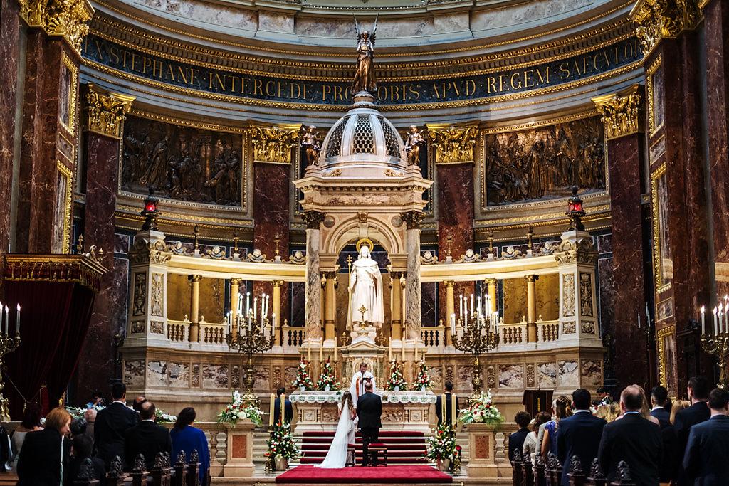 Esküvői fotózás Bazilika Budapest Betti & Dani | Seres Zsolt esküvői fotós 012