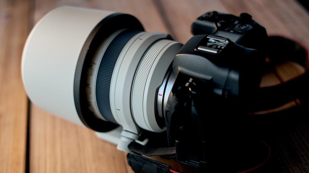 Canon RF 70-200mm 2.8 L IS Dual nano USM teszt review body 005